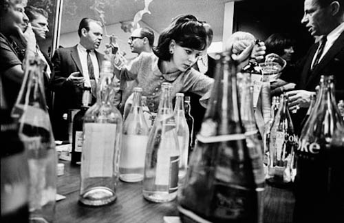 vintage-photo-office-holiday-christmas-party-