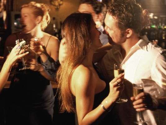 what does it mean to hook up with someone at a party